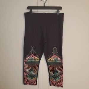 Live Love Dream by Aeropostale Aztec Capri Legging